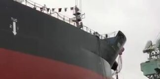 Assistir a Launching of Ship