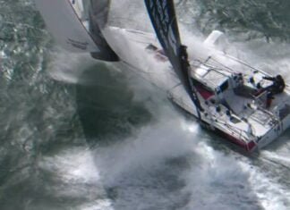 a Single-handed with Team Bretagne CMB and the Classe Figaro Bénéteau 3
