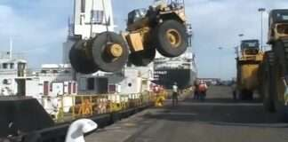 a Accident on Ship While Loading