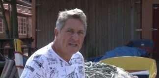 Documentário Canoa Bordada de Garapuvu - a embarcação de um pau só